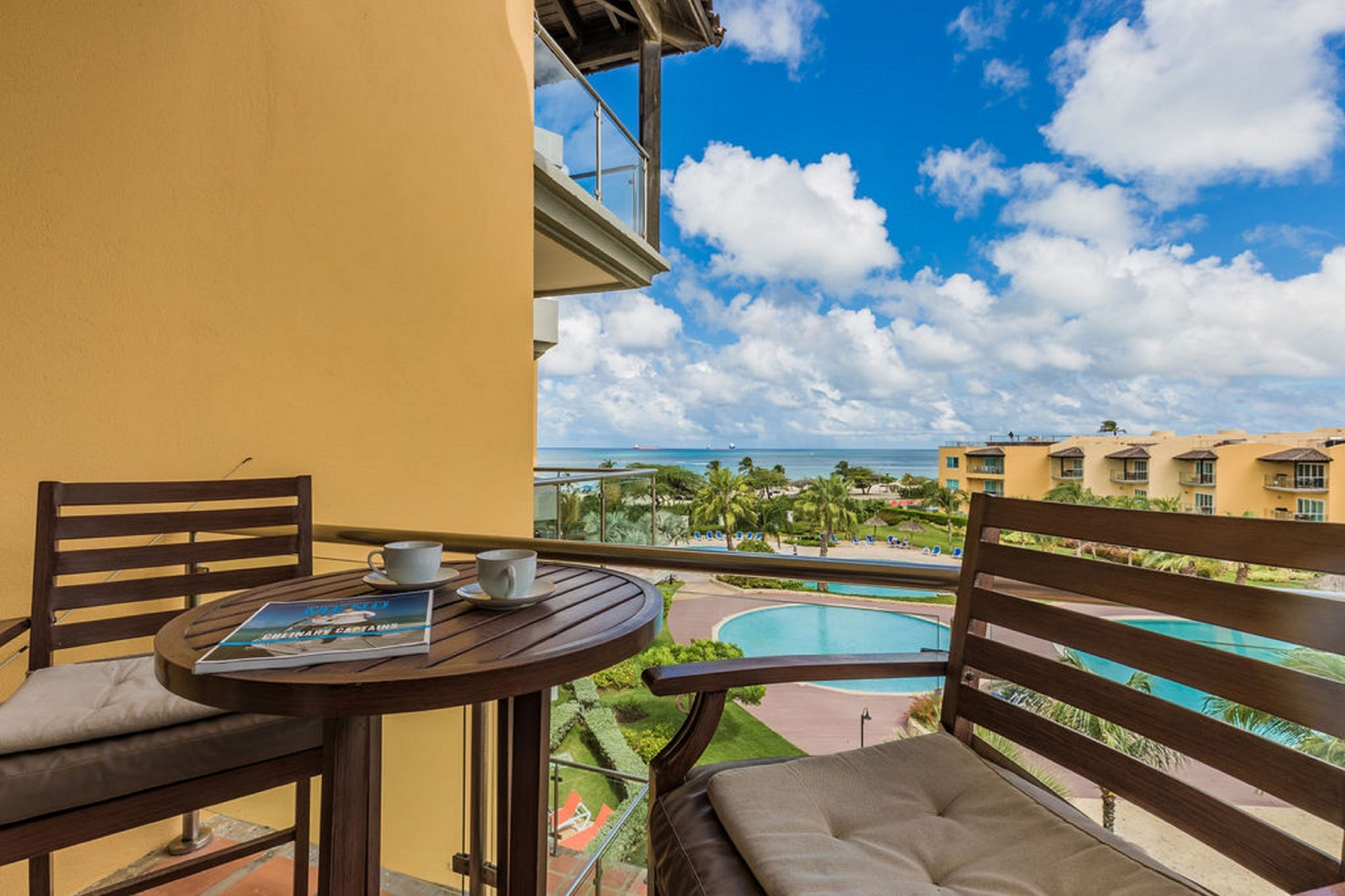 Oceania 432- Large 1 bedroom Ocean Front Condo w amazing views photo 5
