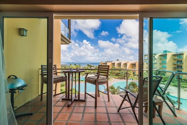 Oceania 432- Large 1 bedroom Ocean Front Condo w amazing views